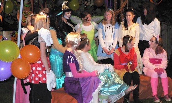 Kids dressed up at the Halloween Hoot