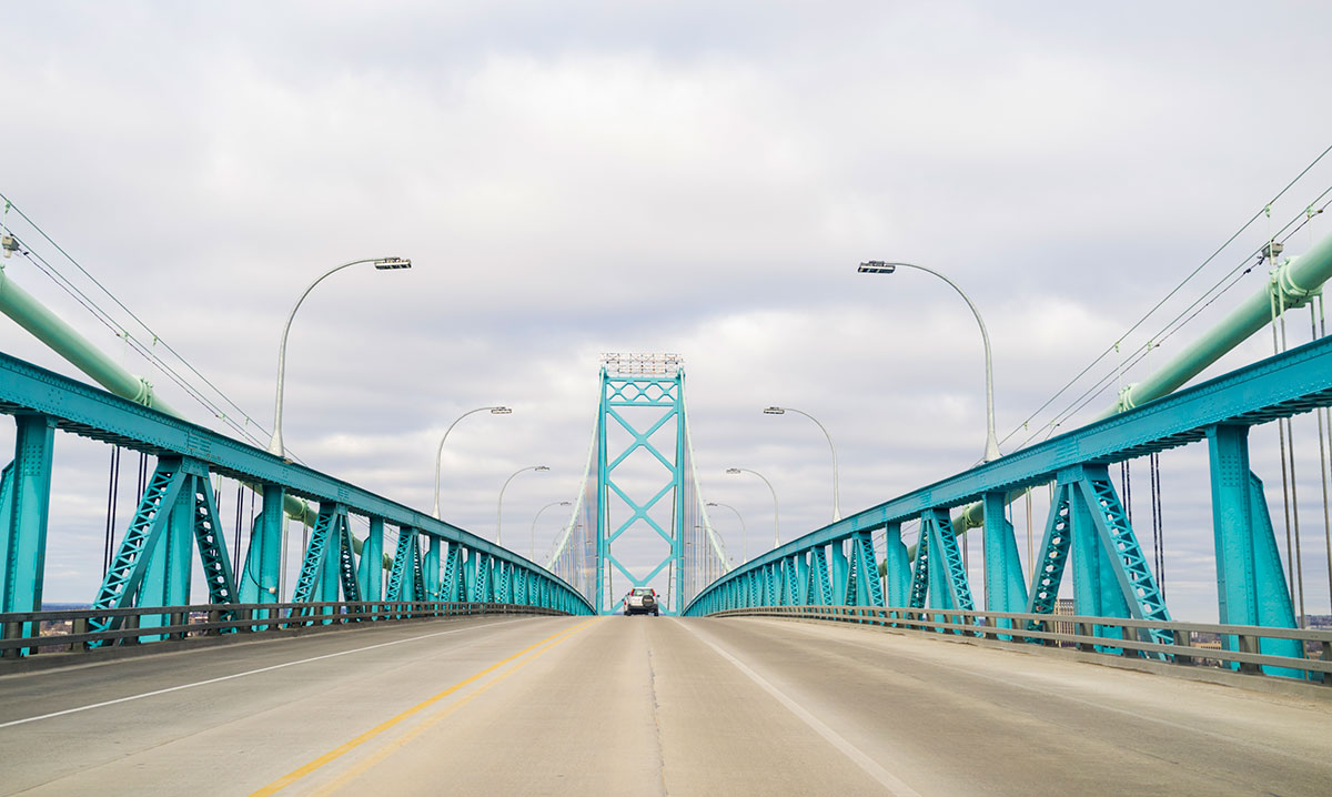 Picture of the Ambassador Bridge from the road