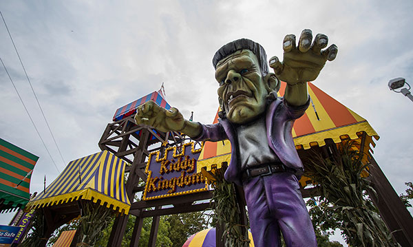 Zombie stature in front of Kiddie Kingdom at Cedar Point