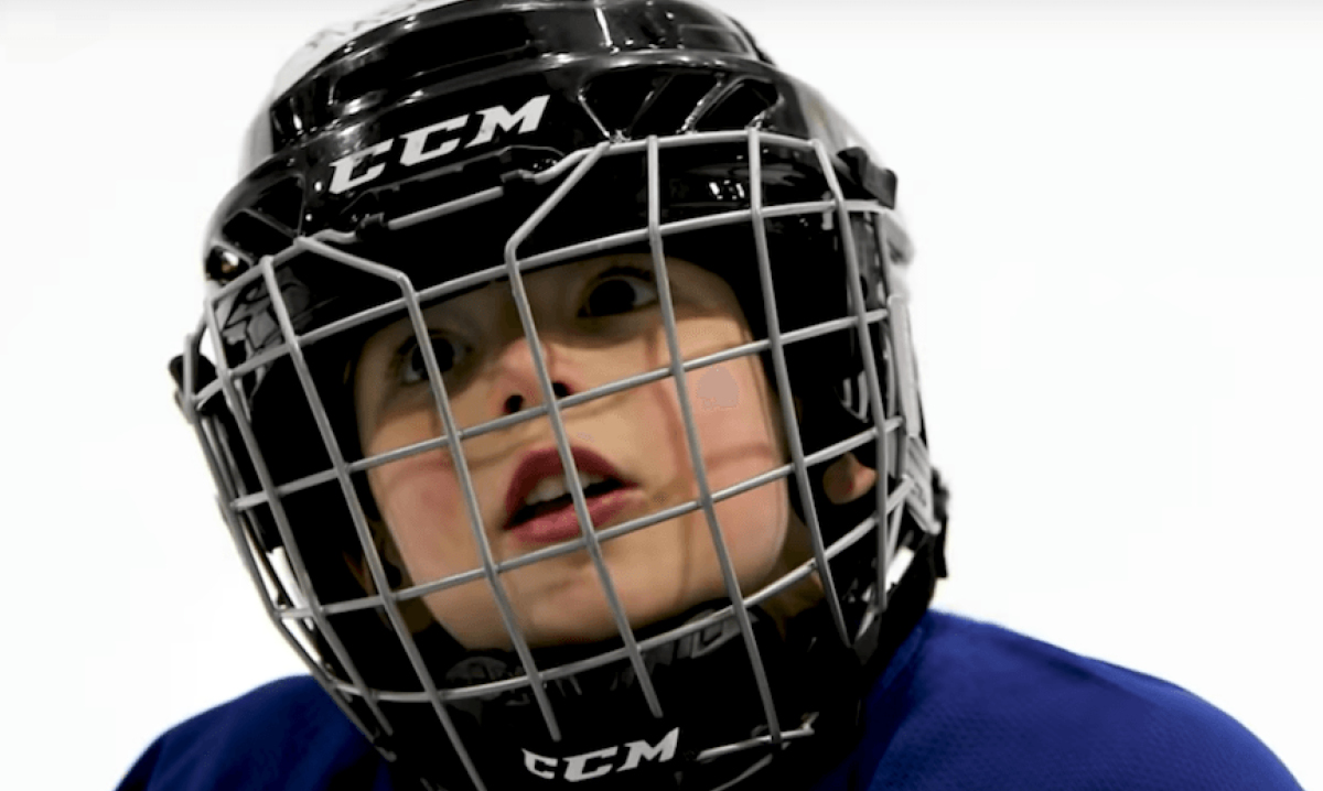Father mics up 4-year-old sons hockey helmet