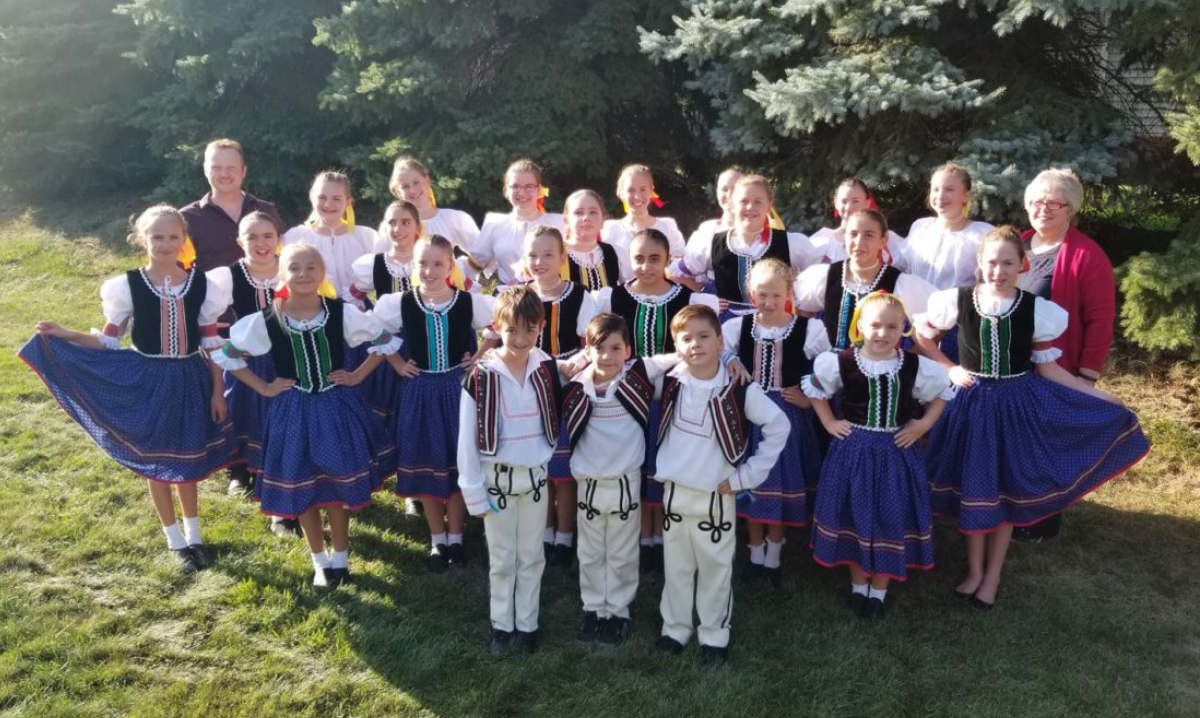 Slovak dancers pose for photo