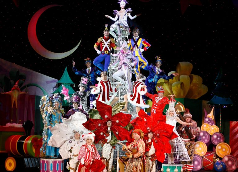 Win Tickets to Cirque Dreams Holidaze at the Fox Theatre