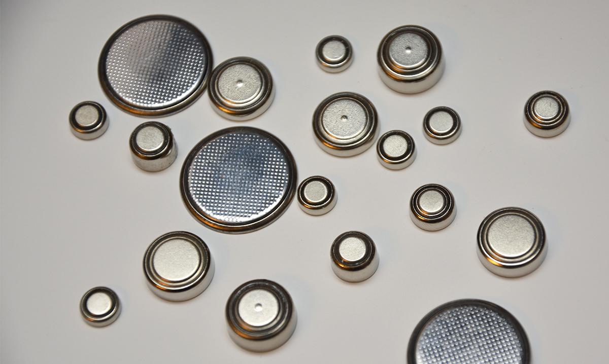 Lithium ion button batteries