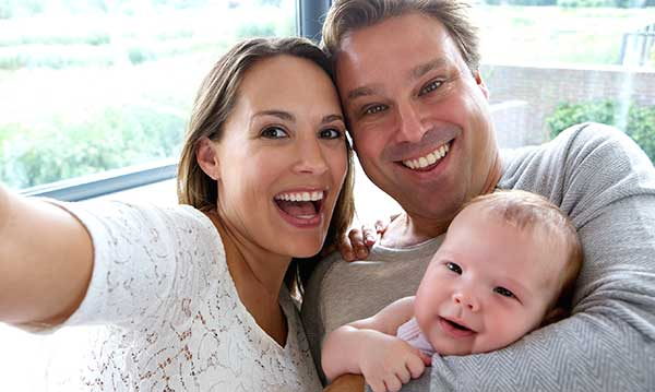 Tips for Taking Selfies With Your Family