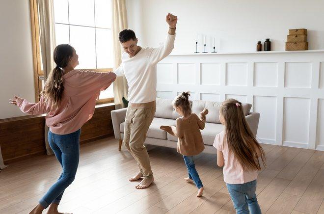 ways-to-keep-kids-active-indoors