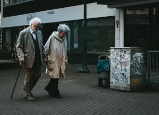 preventing-falls-in-seniors